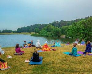 De kracht van Kundalini Yoga op yogavakantie
